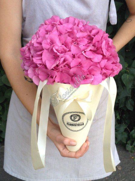 Букет конус от цветочного домика Floristella