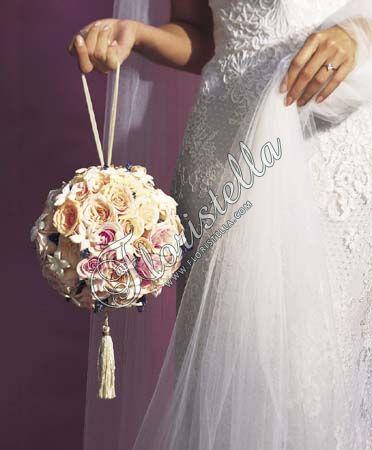 Букет невесты шар Цветочный домик Флористелла
