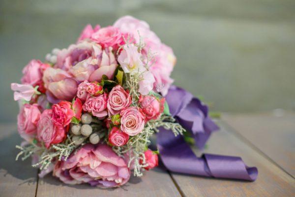 Доставка цветов по всей Украине Цветочный домик Floristella