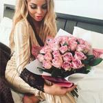 букет лиловых роз