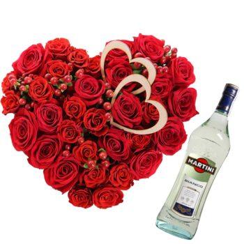 Композиция красных роз и Мартини