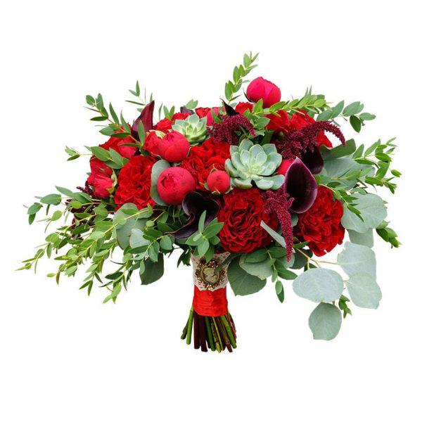 Красный букет невесты с зеленью